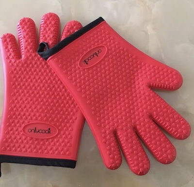 How to Wash Heat Resistant Gloves2